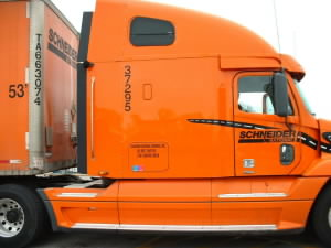 Schneider to expand bulk intermodal trailer service in North America