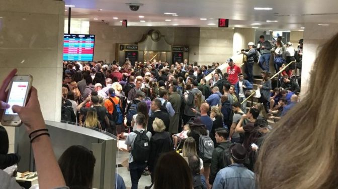 NJ Transit service changes after train gets stuck in tunnel near Penn Station