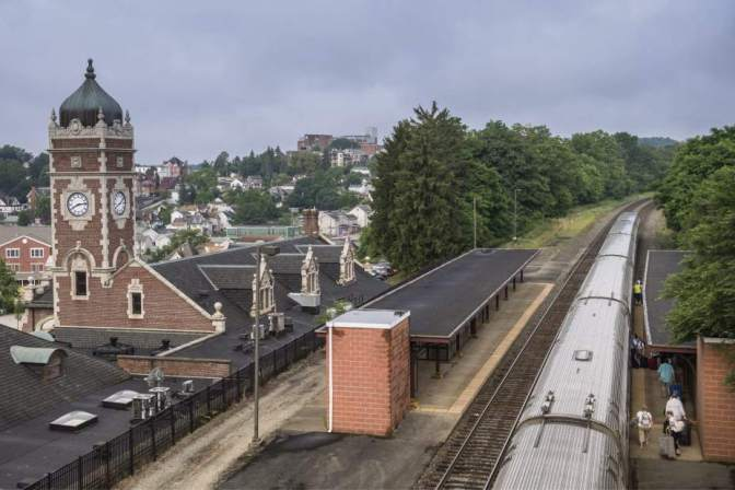 Additional Pittsburgh-Harrisburg rail service subject of study
