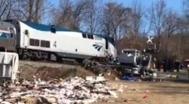 1 dead in W. Virginia train collision, no serious injuries to members of Congress