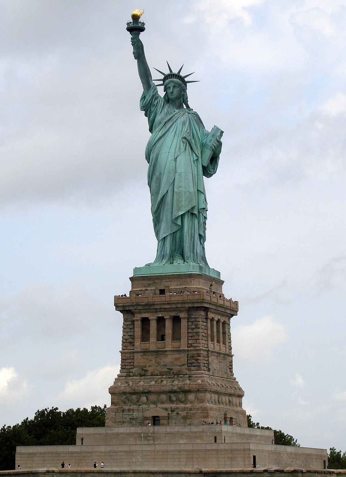 Statue Of Liberty, Ellis Island Reopen Amid Shutdown